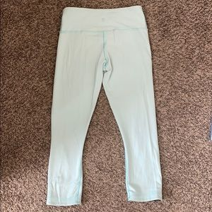 Lululemon wunder under reversible crop 21""